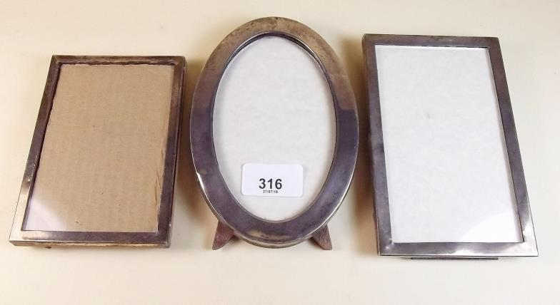 Smiths of Newent : Three silver photograph frames, the oval frame 16 ...