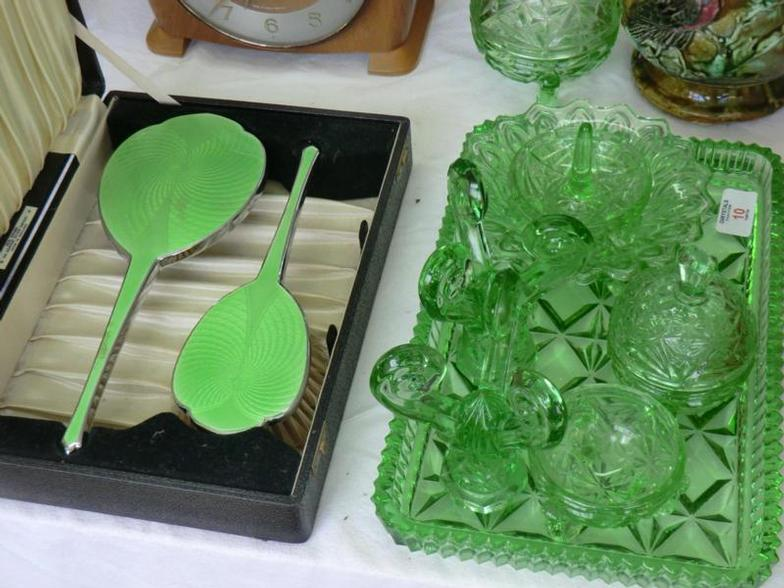 superior quality bc4ee e7380 Chrystals Auctions : Green glass dressing table set plus ...