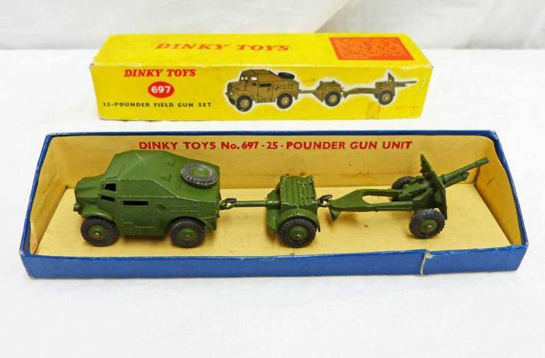 Taylors Auctions : DINKY TOYS 697 - 25 POUNDER FIELD GUN SET