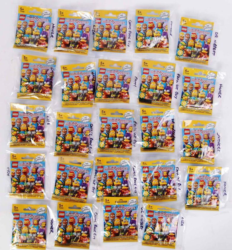 East Bristol Auctions : SIMPSONS LEGO: A collection of 24x