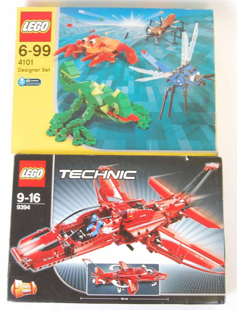 East Bristol Auctions : LEGO SETS: Two Lego sets - the first