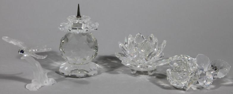 f93d2eaa4 Golding Young & Mawer Grantham : Various Swarovski crystal ornaments and  figures, comprising : Online Auction Catalogue