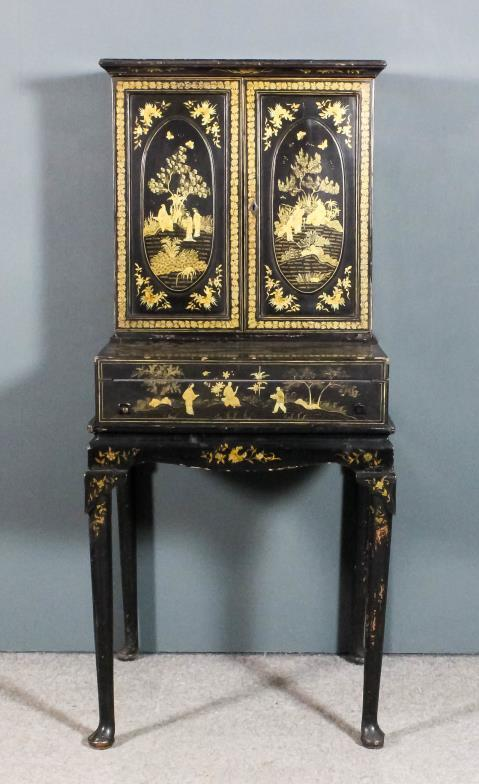 <i> An Anglo-Chinese lady's black lacquer <br /> and gilt decorated Bonheur du Jour </i>