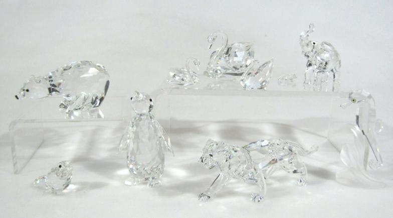 afa9e5529 Golding Young & Mawer Grantham : Various Swarovski crystal ornaments, to  include wild : Online Auction Catalogue