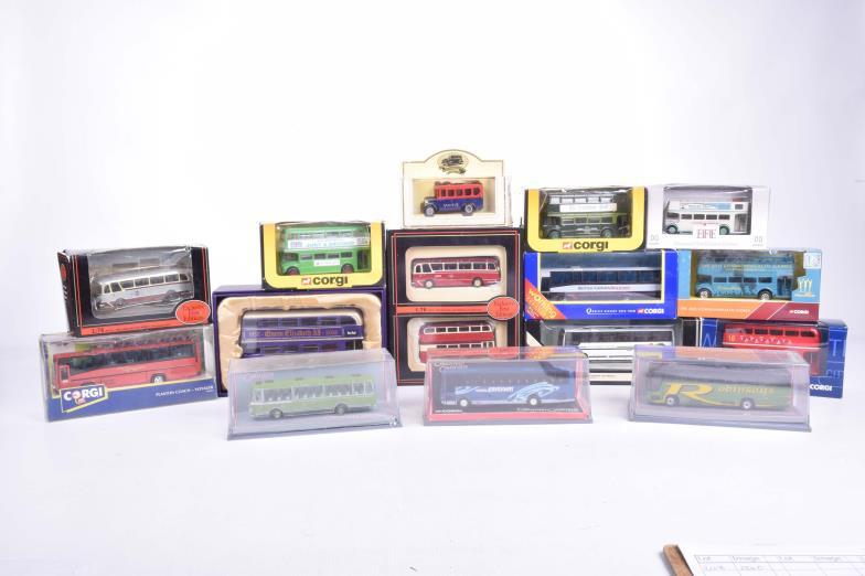 Wright Marshall - Beeston : Sixteen boxed diecast buses/coaches By