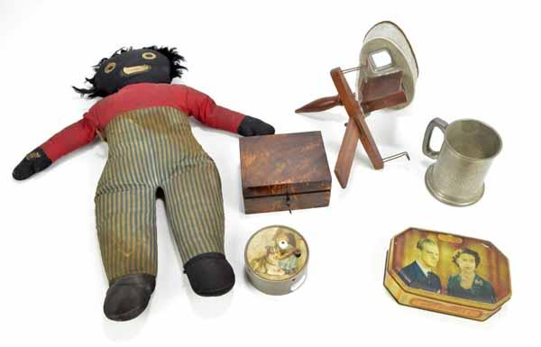 Adam Partridge Auctioneers & Valuers : A mixed lot of collectors