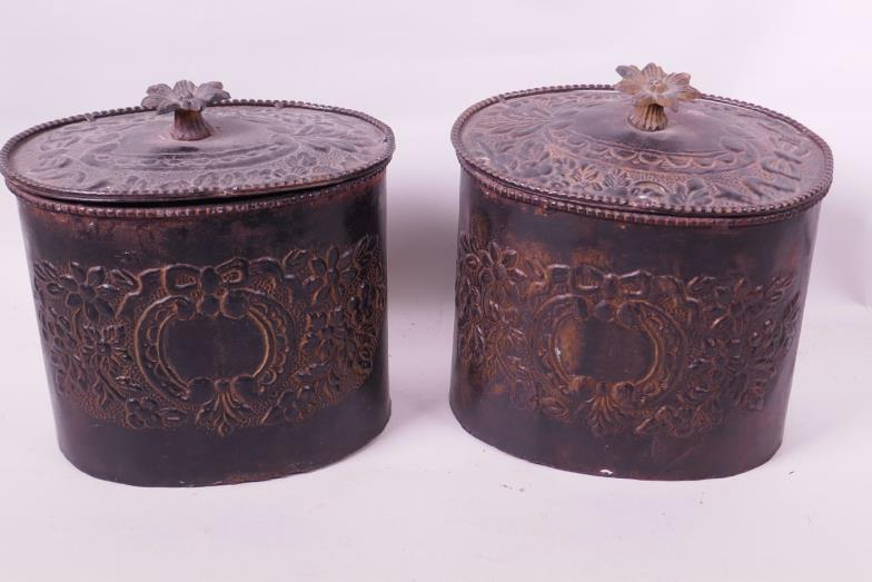 Crow S Auction Gallery A Pair Of Vintage Metal Canisters With